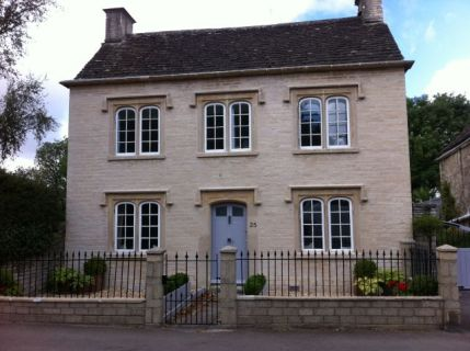 Cotswold Stone House Repointed with Lime Putty